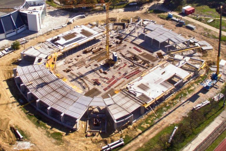 Szokatlan megoldások a Kaposvár Aréna szerkezetépítésében