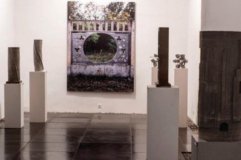 Beton Arcai 6.0: Ismét izgalmas betonszobrokat állítottak ki Pécsett